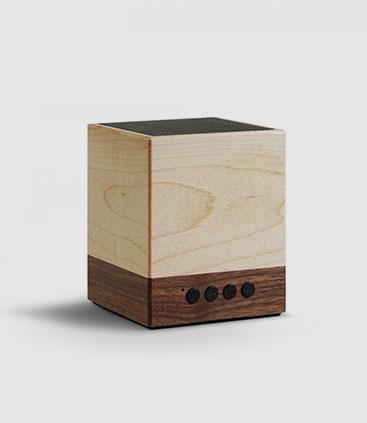 Bluetooth Lautsprecher in Holzoptik